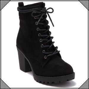 * Ziginy Kourtlan Lace Up Ankle Boot Black * Shoes